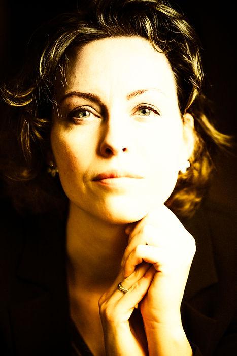 portraits womenLR-7.jpg