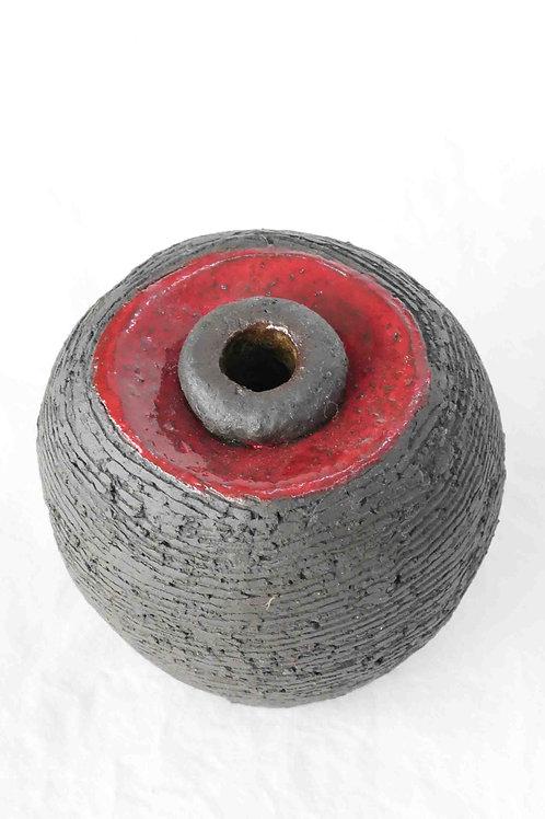 Vase schwarz/rot
