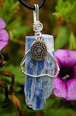 Kyanite-hand-made-chakra-jewelry_edited.