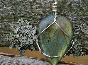 labradorite-healing-crystal-jewelry_edit
