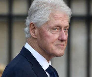 Hospitalizan a Clinton por infección