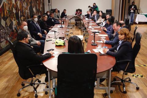 Se reúne Sheinbaum con alcaldes capitalinos en sesión de cabildo