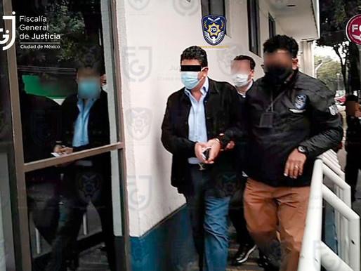 Detienen a ex dueño del club de fútbol Veracruz