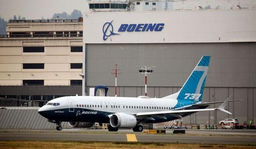Ahora es Boeing quien hace obligatoria vacuna anticovid para su personal