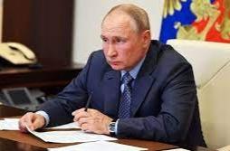 Se aísla Putin tras casos de coronavirus en su entorno