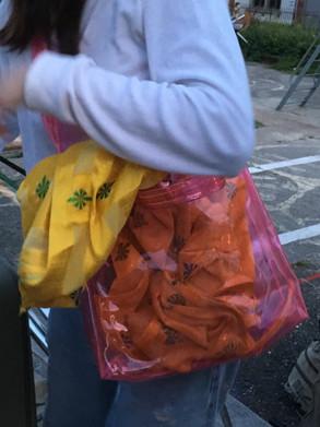Hose in Tasche