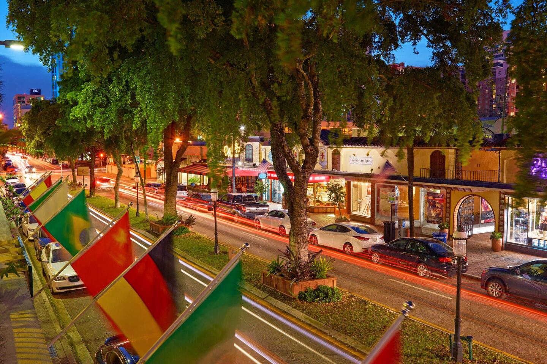 flllw-attraction-boulevard-1154-hor-clsc