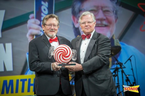 SONIC franchisee Rodney Warren wins the restaurant chain's most prestigious award, the Troy Smith Hall of Fame (Photo: Business Wire)