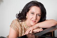 Angela Cholakian
