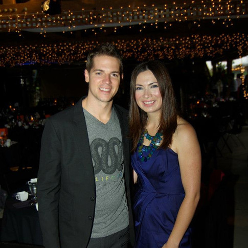 E! Entertainment's Jason Kennedy showing his philanthropic support