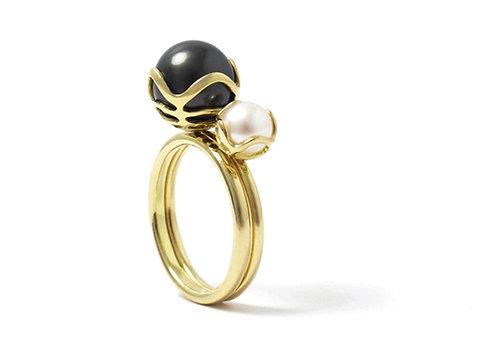 Encapsulated Raindrop Tahitian Pearl Ring