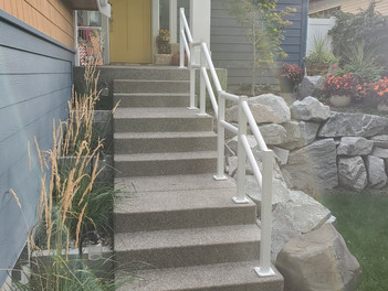 Looking for railing but don't need or want anything fancy? We can help you! We can do a grab rai