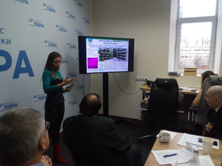 Анна Вититина представила оборудование для выращивания свежей зелени в Арктике