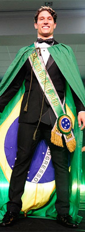 Mister Brasil 2019 Luthyenderson Nascimento