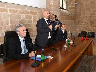 A Taranto il Rettore consegna 3 sigilli