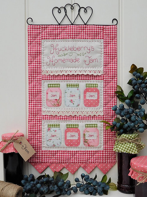 Huckleberry's Wall-hanging Pattern