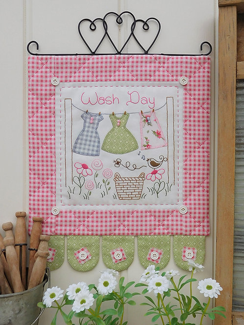 Wash Day Mini Wall-hanging Pattern