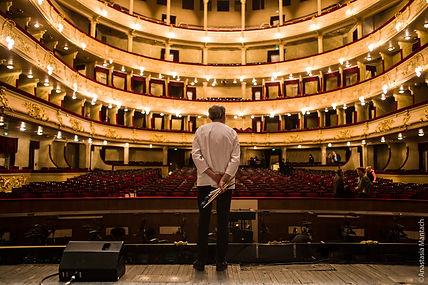 taller opera.jpg
