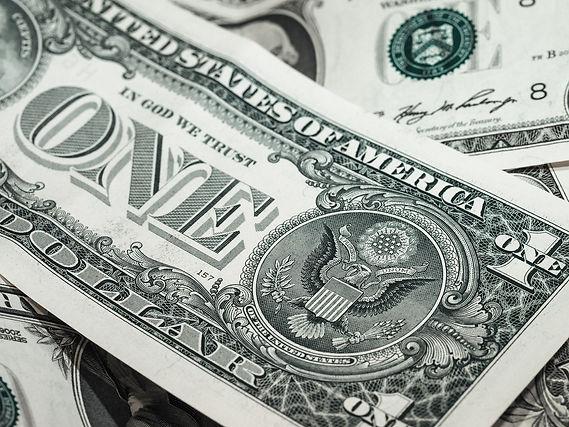 bank-notes-941246_1920.jpg