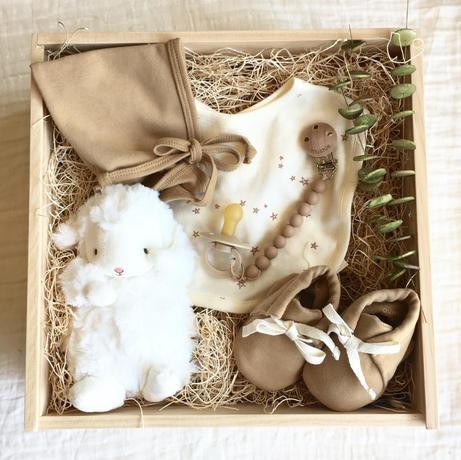 Quincy Mae honey baby box