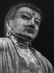 Buddha de Kamakura em Alta.jpg