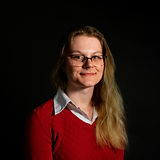 Courtney Headshot.jpg