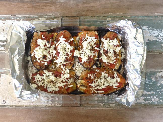 Berenjenas al horno con queso de cabra