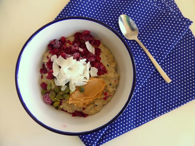 Porridge de avena y mantequilla de maní