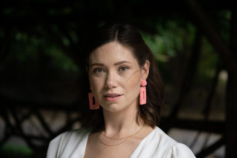 Karina Headshot