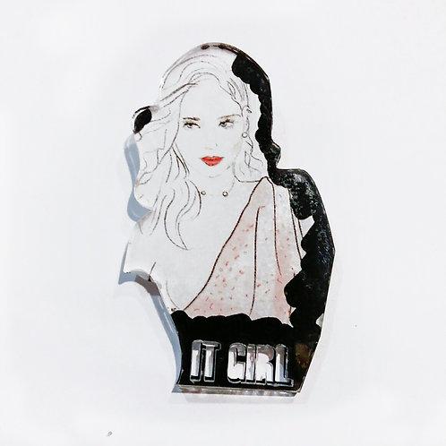 Pin It girl