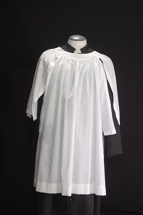 Organist Surplice With Round Neck And Split Sleeves