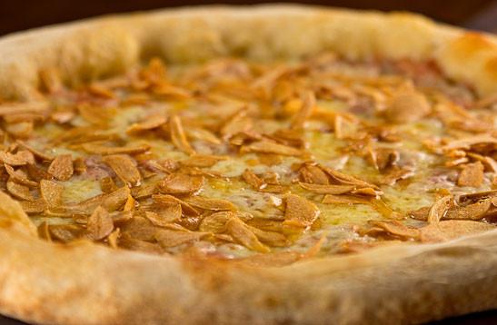 Mozzarella com Alho Confitado