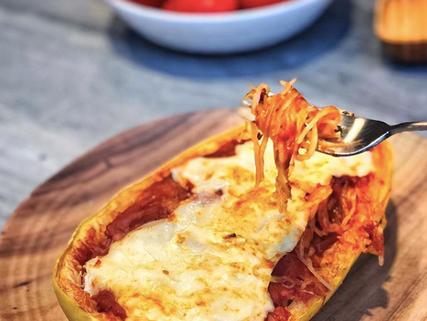 Spaguetti squash con pomodoro y mozarella