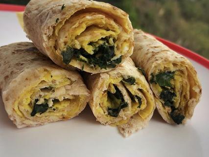 Burrito de huevo con kale