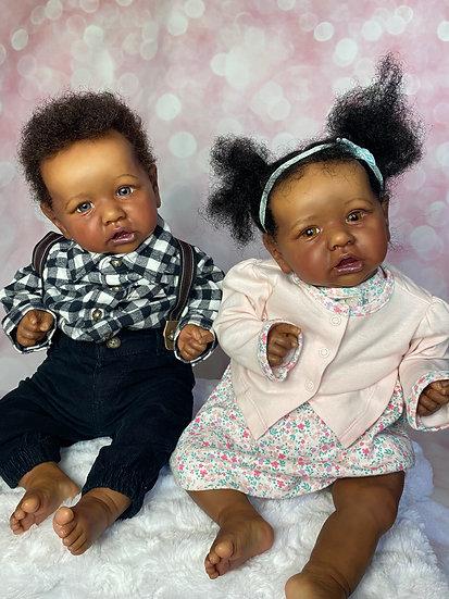 Saskia Twins