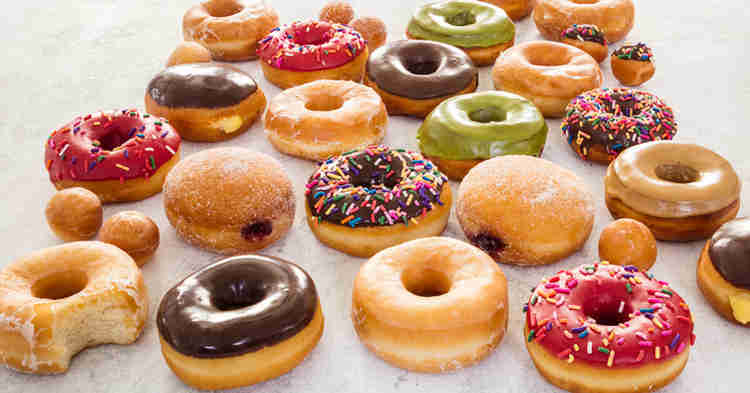 21 Tasty Food Truck Dessert ideas  - doughnut truck
