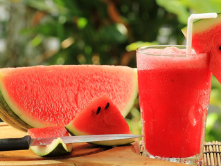 6 EASY WATERMELON JUICE RECIPES TO KICK-START YOUR SUMMER