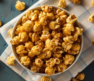 21 Tasty Food Truck Desserts - gourmet popcorn