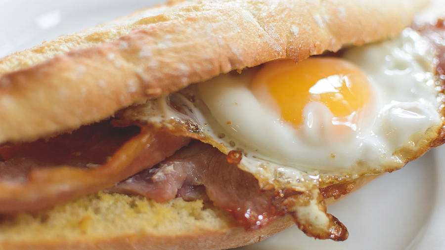Food truck breakfast menu ideas - breakfast baguette