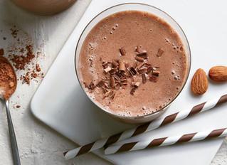 4 YUMMY CHOCOLATE PROTEIN SHAKE RECIPES