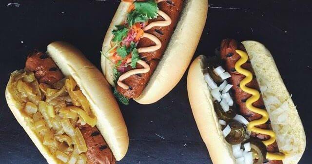 15 Inspiring Vegan Food Truck Menu Ideas - vegan food truck hotdog