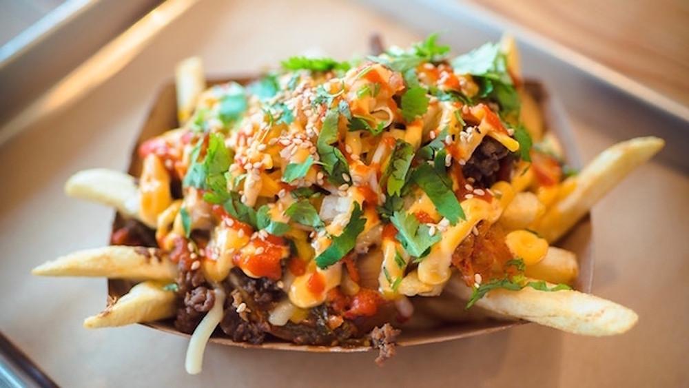 15 Inspiring Vegan Food Truck Menu Ideas - Loaded fries