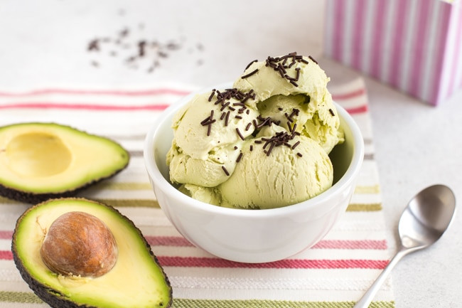 21 Tasty Food Truck Desserts - avocado ice cream