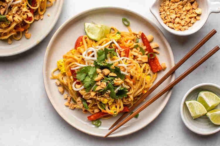 Food Truck Menu Ideas - Pad Thai