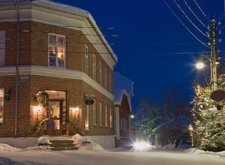 Kom i julestemning på et av Norges koseligste julemarkeder i Øvrebyen i Kongsvinger!
