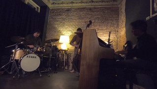 Chant Trio