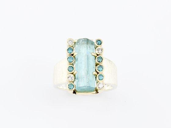 'Aqua force' ring