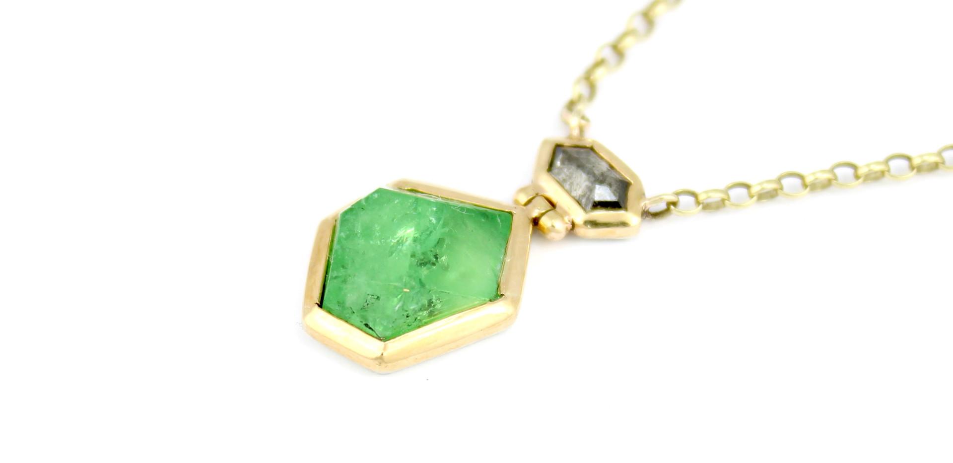 Green magic necklace.jpg