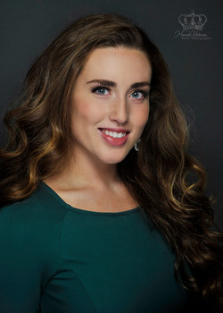 Headshot_of_Miss_Anchorage_2019_for_Miss