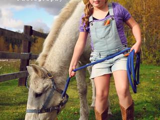 A girl & a horse - outdoor photos of a beautiful relationship (Model Portfolio)